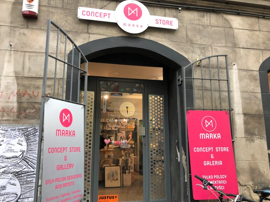 クラクフの雑貨屋MARKA CONCEPT STOREの入り口