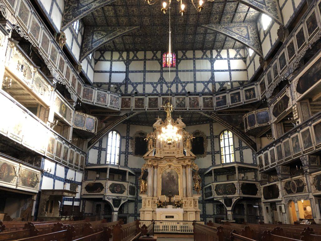 ポーランド、ヤヴォル平和教会の祭壇と内装