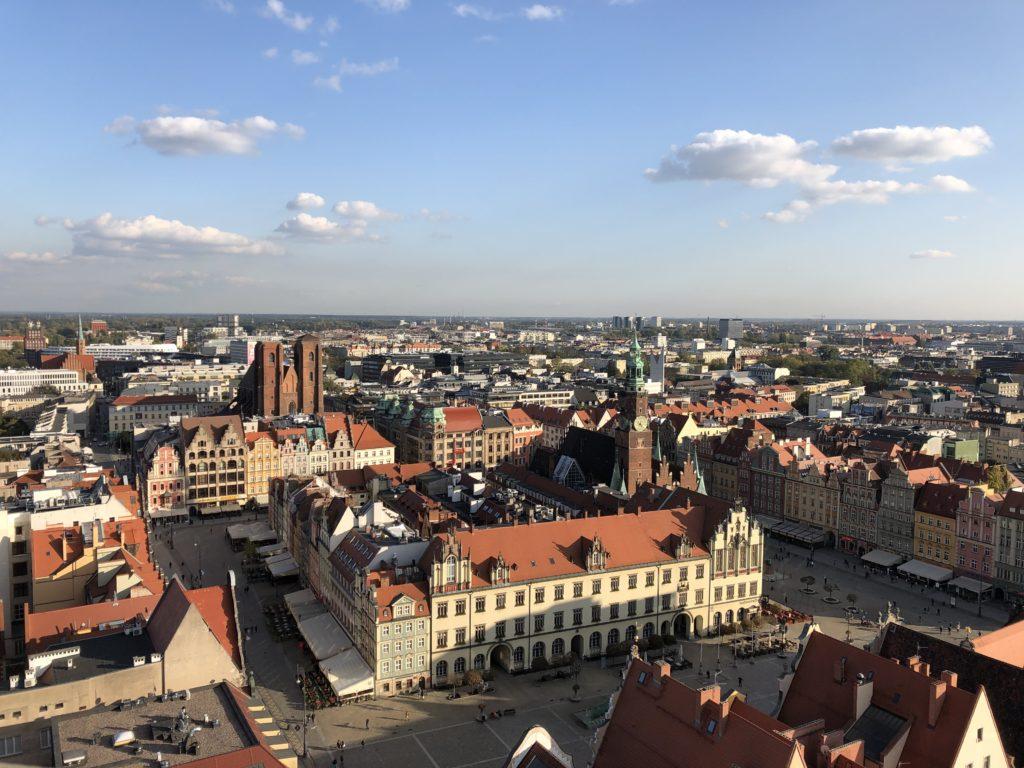 聖エリザベト・ガルニゾン教会の展望台から見えるヴォロツワフの街