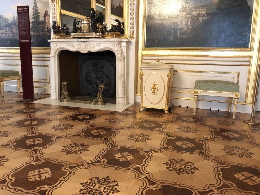 ワルシャワ旧王宮の絵画が飾られた部屋