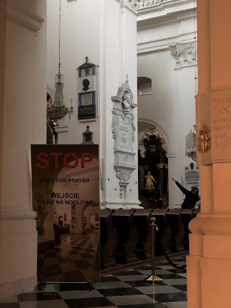 ポーランドのワルシャワにあるショパンの心臓がある聖十字架教会