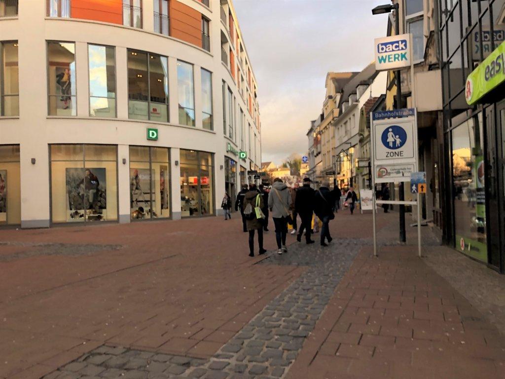 Siegburg(ジークブルク)のレンガの道路