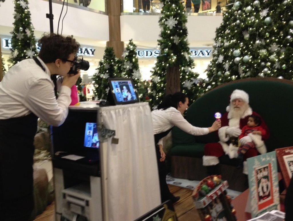 サンタクロースとの写真撮影
