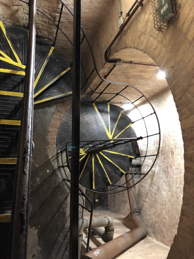 聖イシュトヴァーン大聖堂の階段