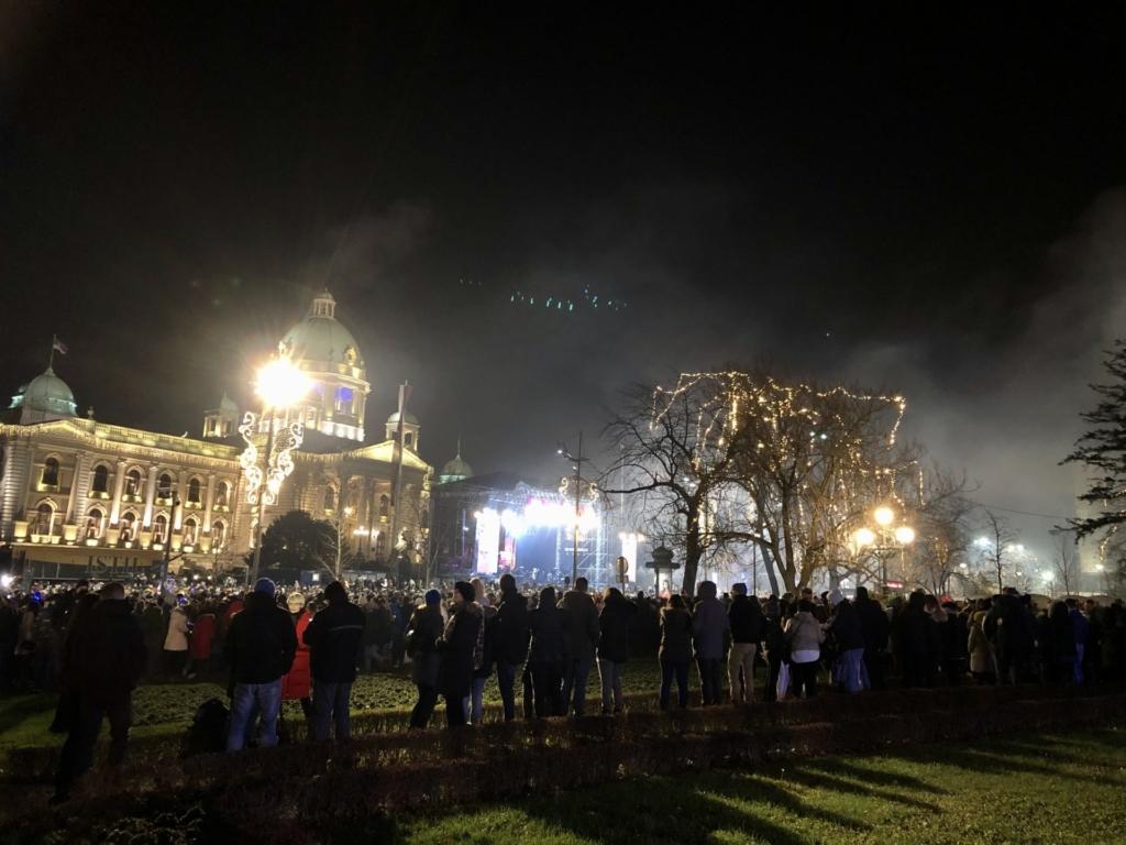 セルビア、ベオグラードのカウントダウンステージ