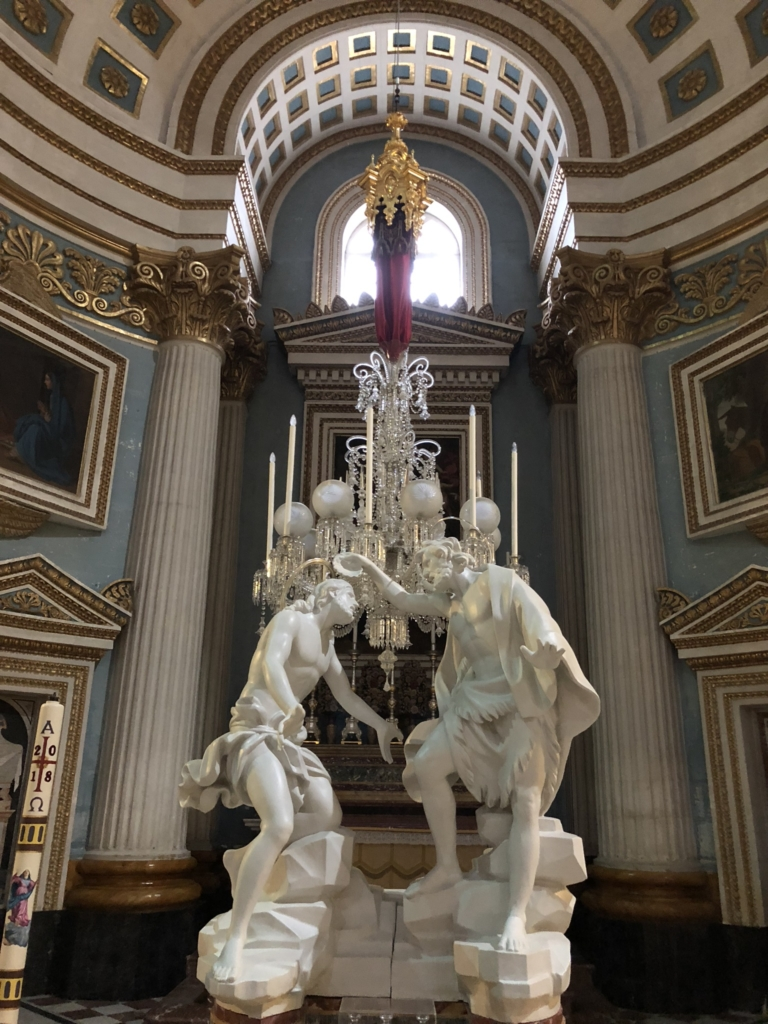 マルタの教会、モスタ・ロチュンダの彫刻