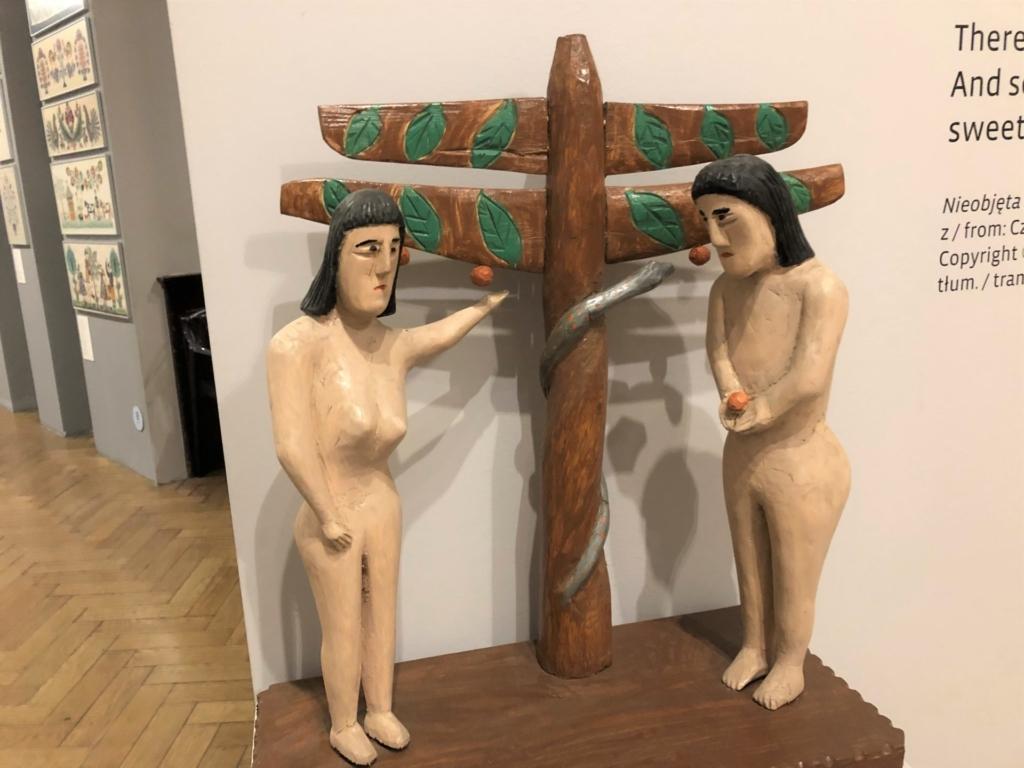 アダムとイヴの木工品