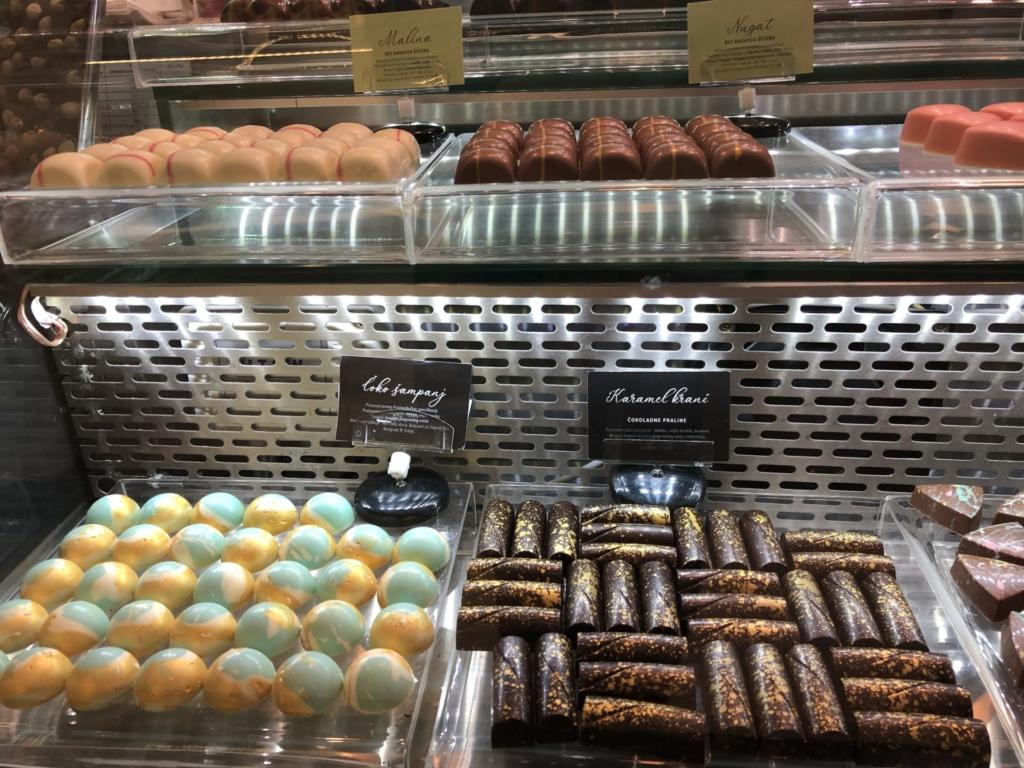 ベオグラード、プレミア チョコラダ(Premier čokolada)のショーケース