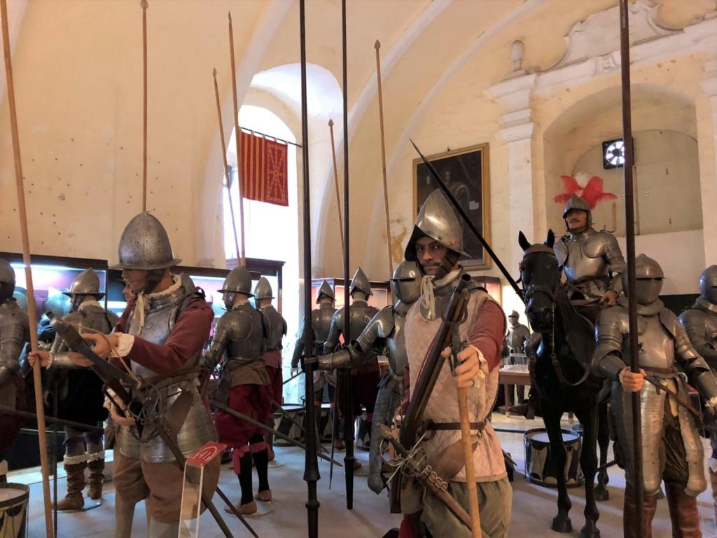 マルタ騎士団長の宮殿(Grand Masters Palace)のよろい兜騎士団
