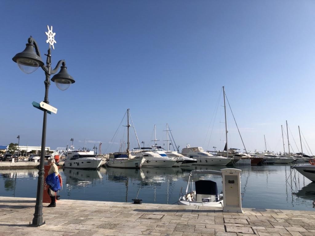 キプロス、リマソールの海